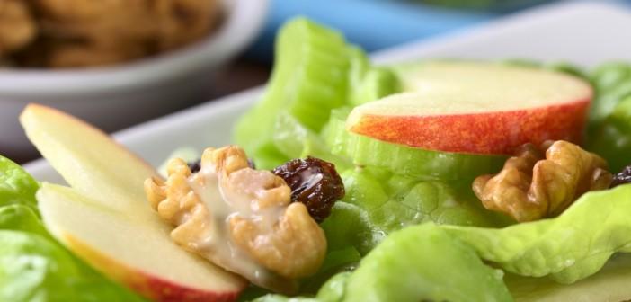 Salade met walnoten